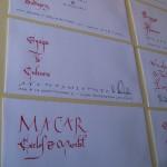Sobres caligrafiados con plumilla
